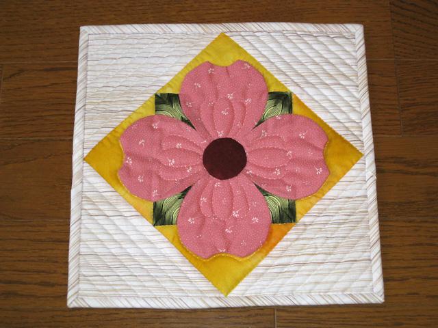 花みずきのタペストリー
